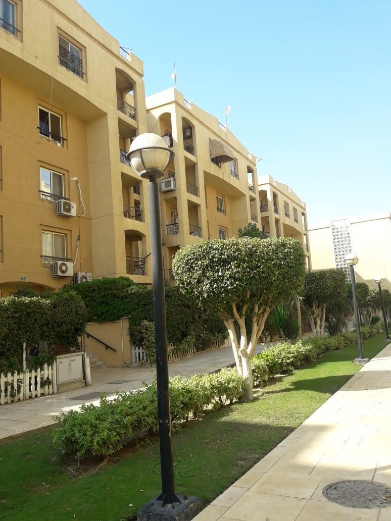 شقة فى مدينة الرحاب  160 م2 بحري و قبلي للبيع كاش كود 13276