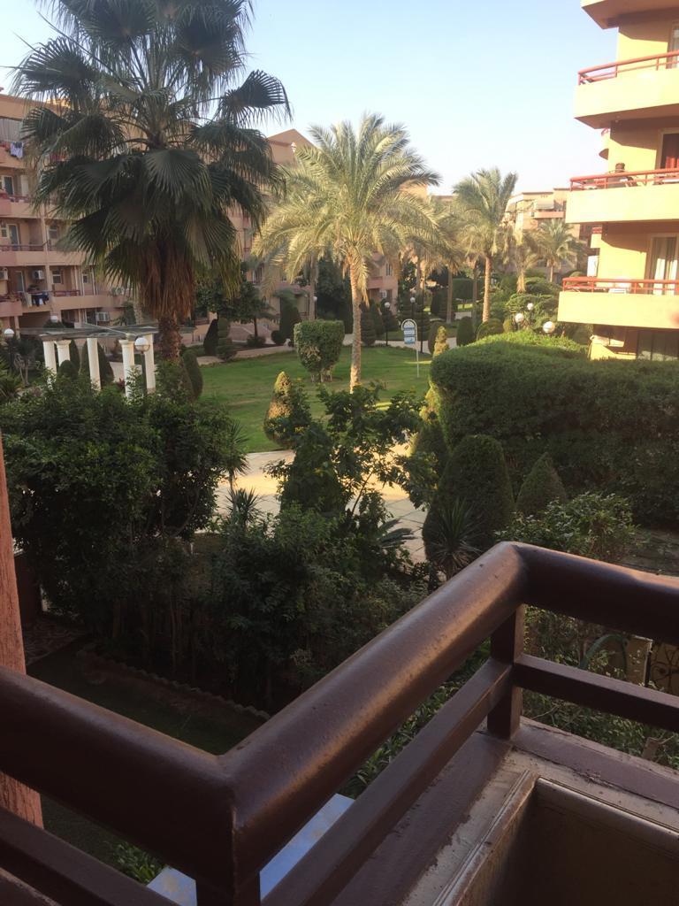 شقة فى مدينة الرحاب  168 م2 بحري و قبلي للبيع كاش كود 15111