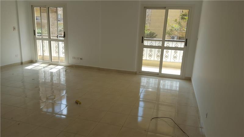 شقة فى  الرحاب 139 م2 للبيع كاش كود 22545