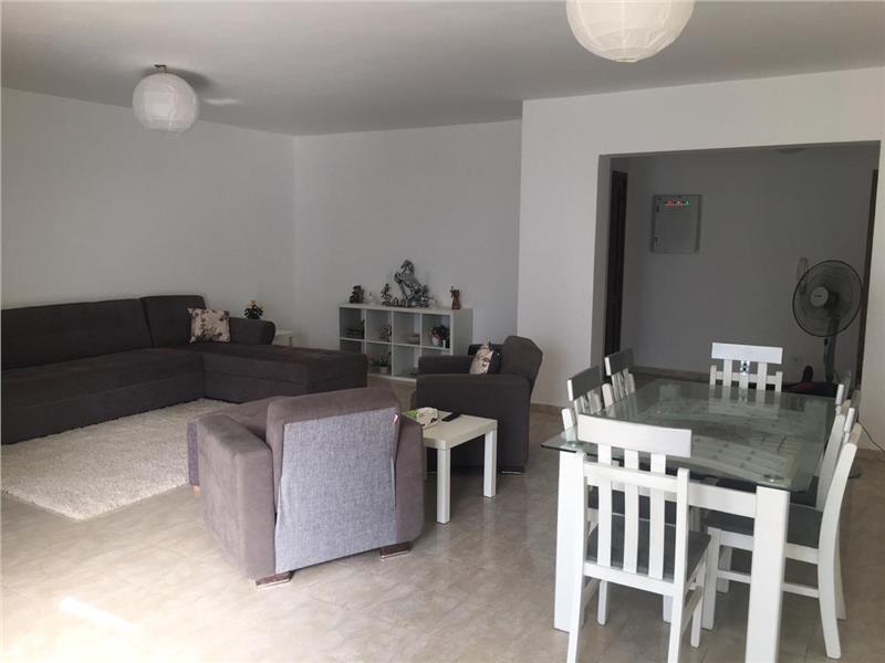 شقة فى مدينة الرحاب  163 م2 للايجار مفروش غربى كود 2859