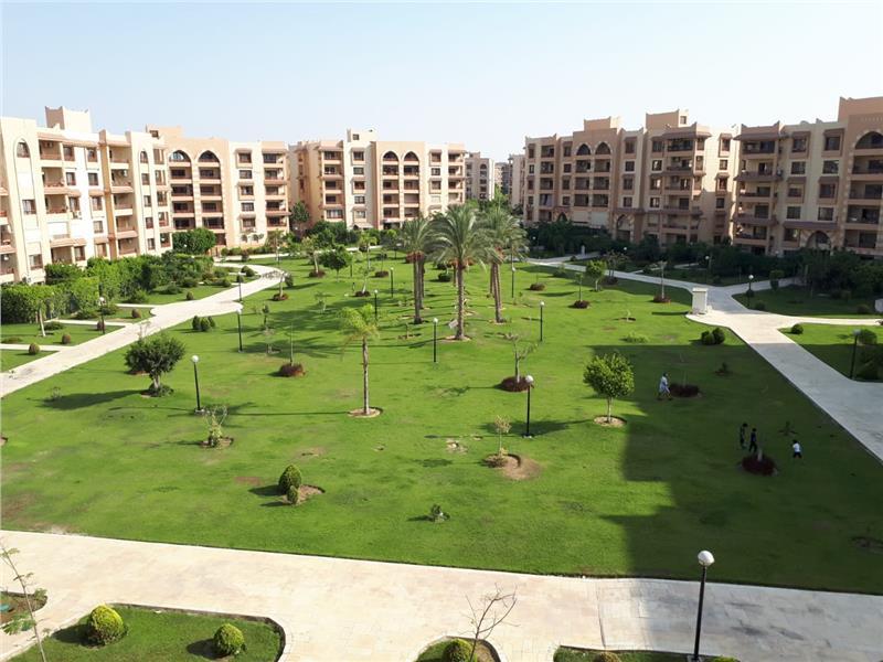 شقة فى مدينة الرحاب  250 م2 بحري و قبلي للايجار مفروش كود 34275
