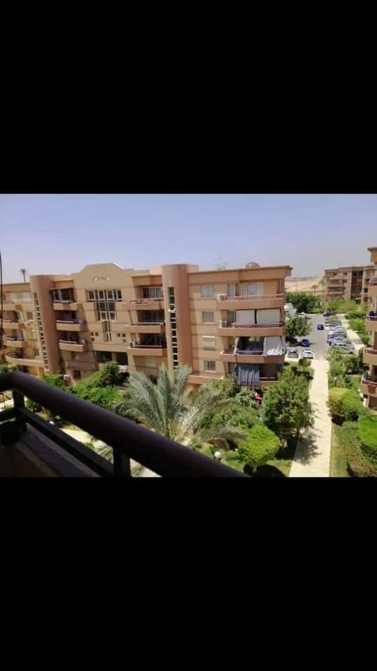 شقة فى مدينة الرحاب  139 م2 بحري و قبلي للايجار قانون جديد كود 39380