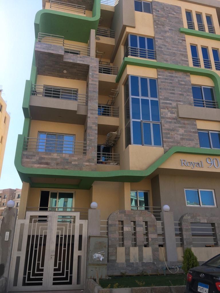 شقة فى اللوتس 175 م2 بحرى للبيع كاش كود 39435
