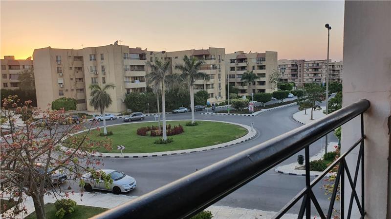 شقة فى مدينة الرحاب  158 م2 بحرى للبيع كاش كود 39621