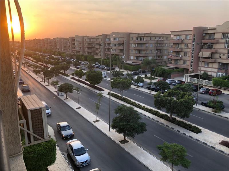 شقة فى مدينة الرحاب  176 م2 بحرى للبيع كاش كود 39841