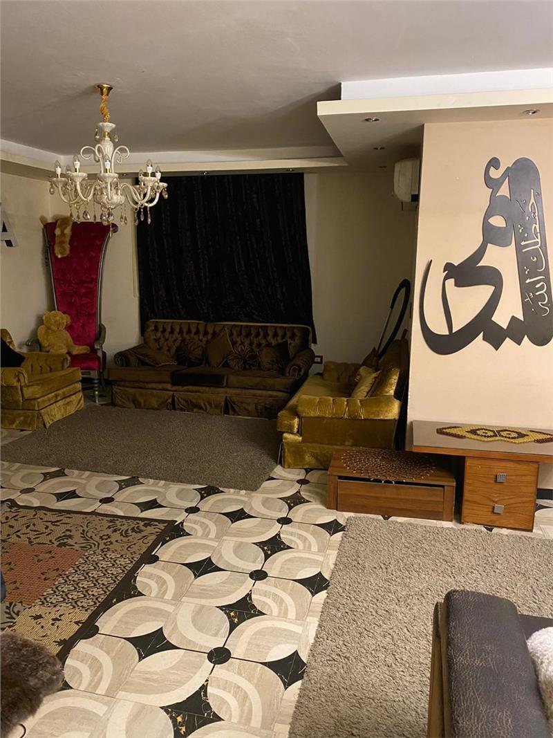 شقة فى مدينة نصر 240 م2 بحري و قبلي للبيع كاش كود 40007