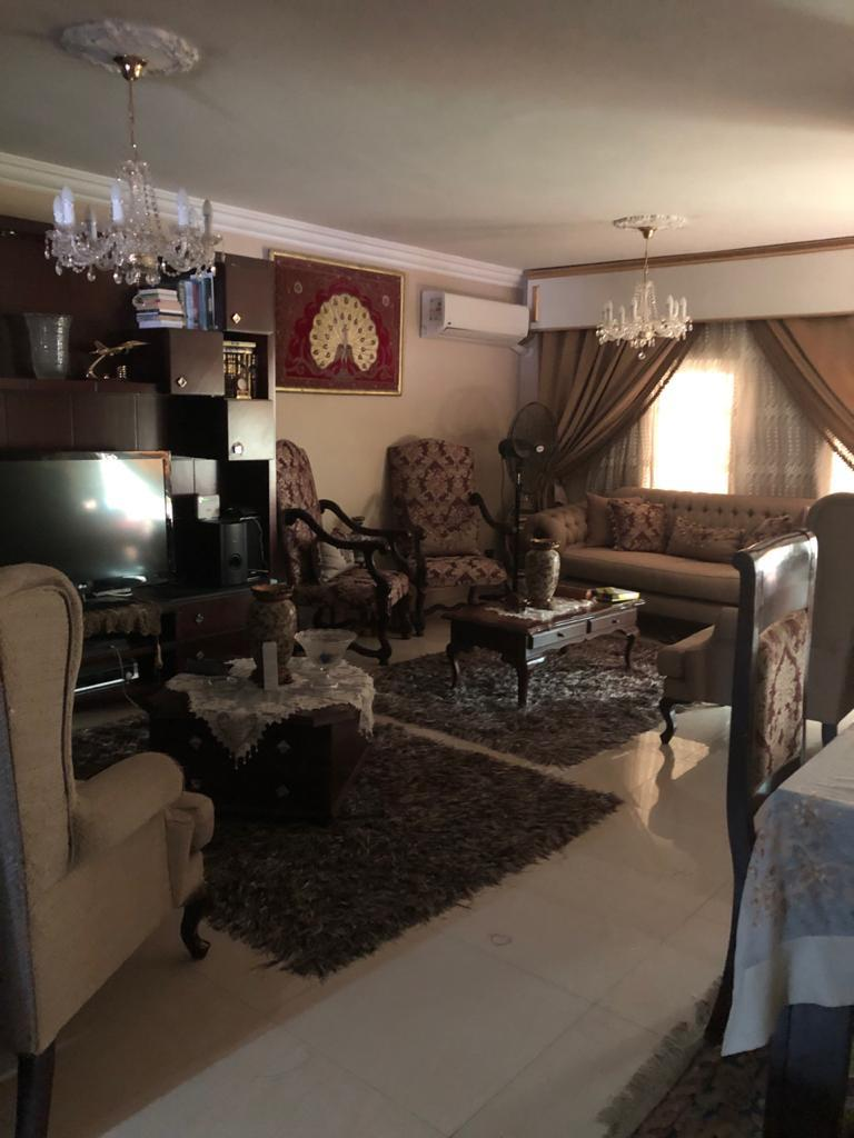 شقة فى مدينة الرحاب  153 م2 غربى للبيع كاش كود 40237