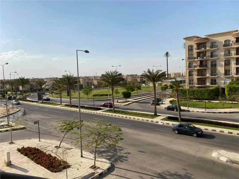 شقة فى مدينة الرحاب  89 م2 بحرى للبيع تقسيط كود 40453