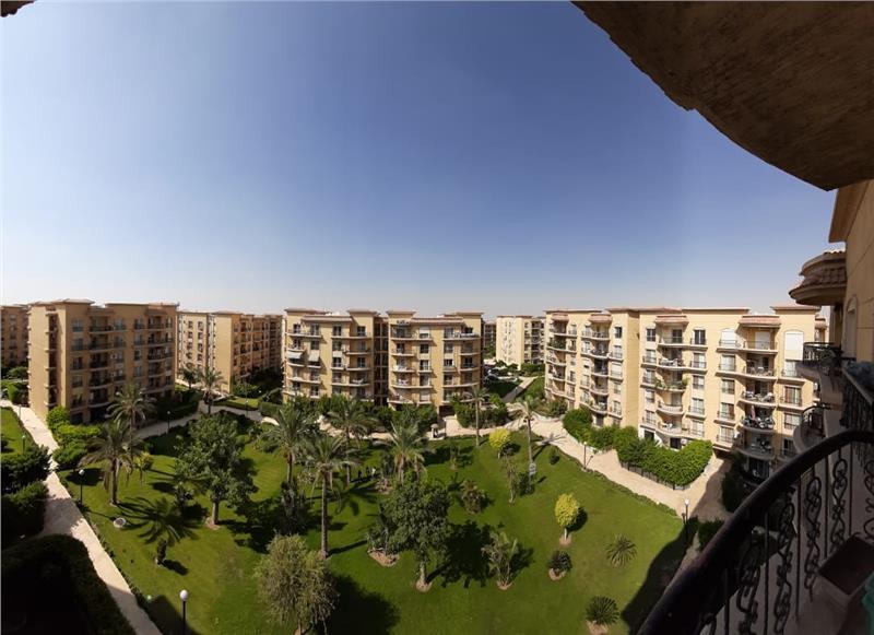 شقة فى مدينة الرحاب  131 م2 بحرى للبيع كاش كود 40595