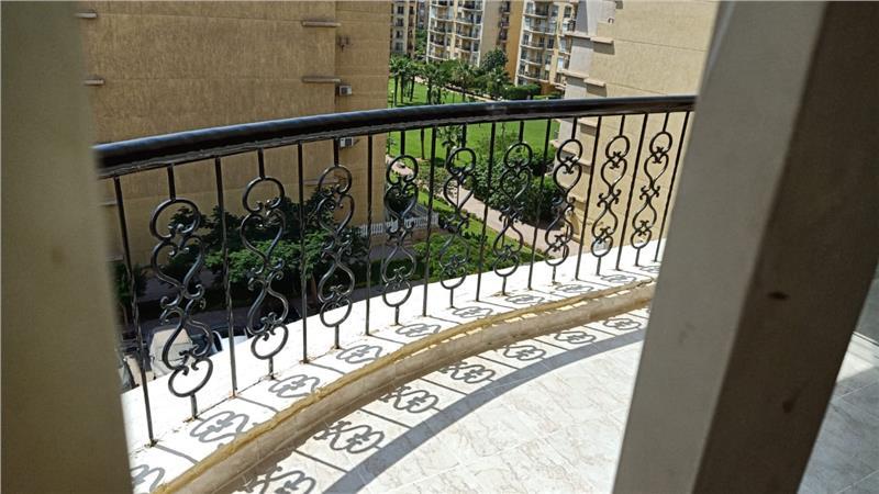شقة فى مدينة الرحاب  99 م2 بحرى للبيع كاش كود 40664