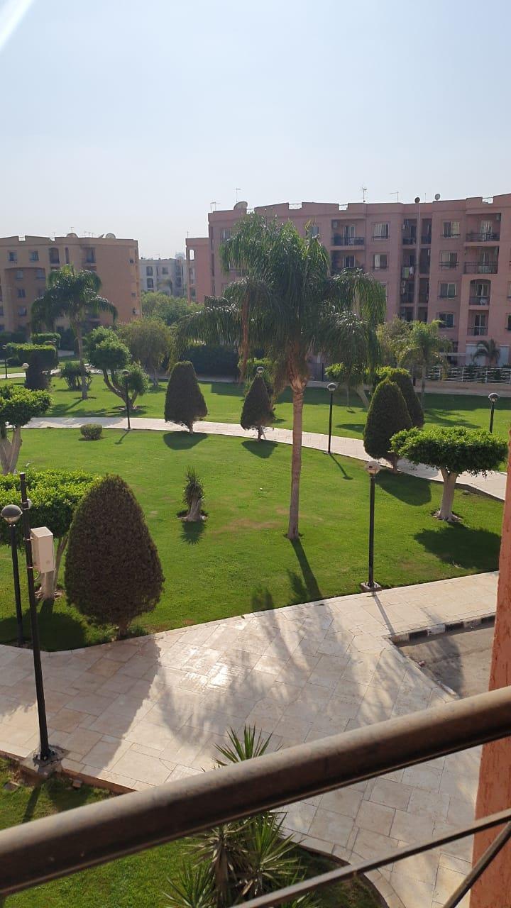 شقة فى مدينة الرحاب  155 م2 بحري و قبلي للبيع كاش كود 40700
