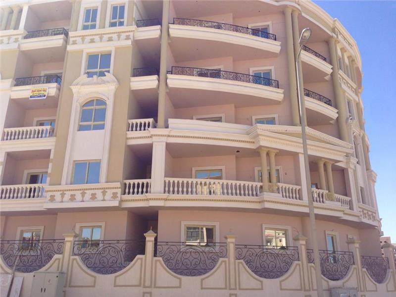 شقة فى حي زهرة اللوتس الشمالية 214 م2 بحرى للبيع كاش كود 40757