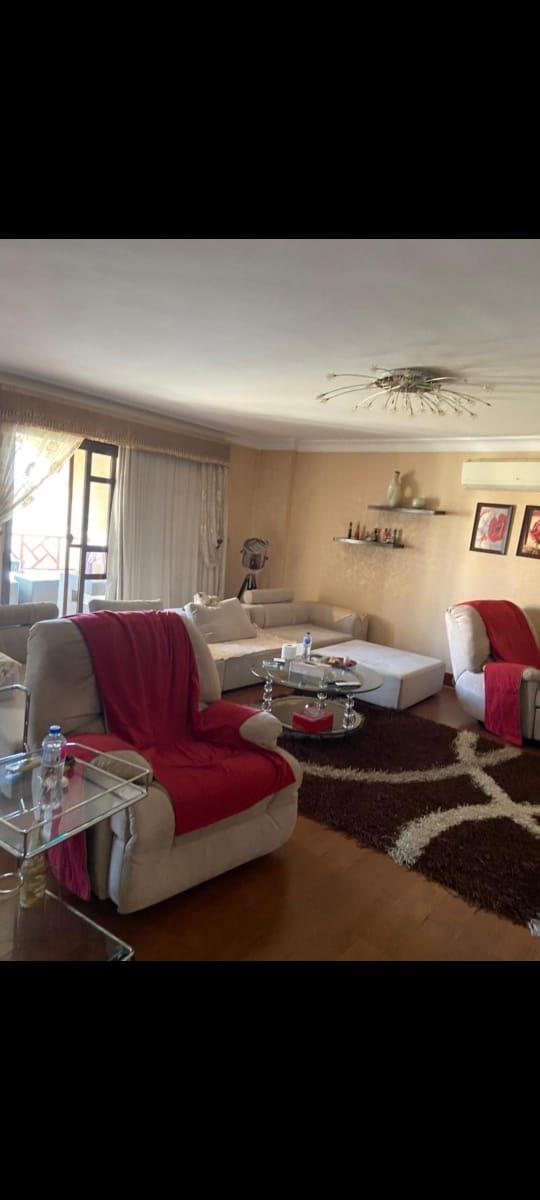 شقة فى مدينة الرحاب  253 م2 بحري و قبلي للبيع كاش كود 43402