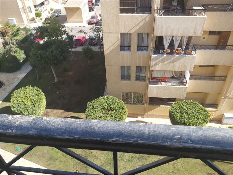 شقة فى مدينة الرحاب  90 م2 بحري وشرقي للبيع كاش كود 6344